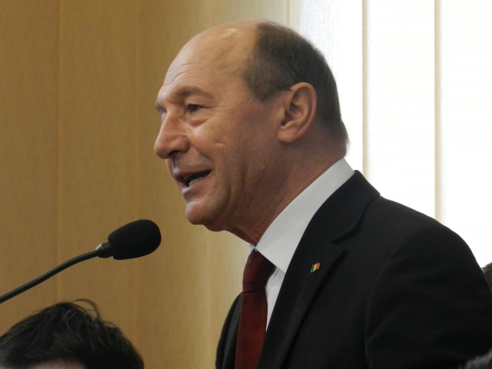 Traian Băsescu ia în calcul varianta de a candida în Parlament