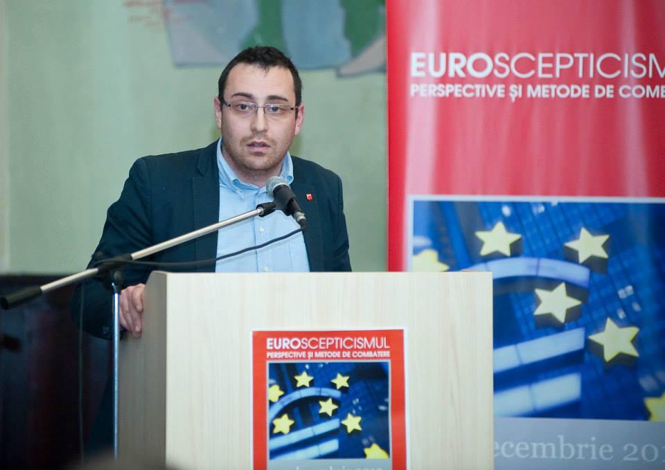 Deputatul Horia Nasra le adreseaza doua intrebari ministrului Transporturilor si Educatiei