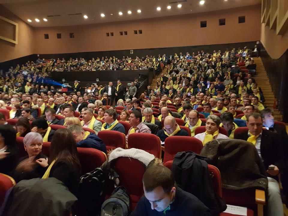 Orban a atacat PSD la Congresului Ligii Aleșilor Locali ai PNL de la Cluj