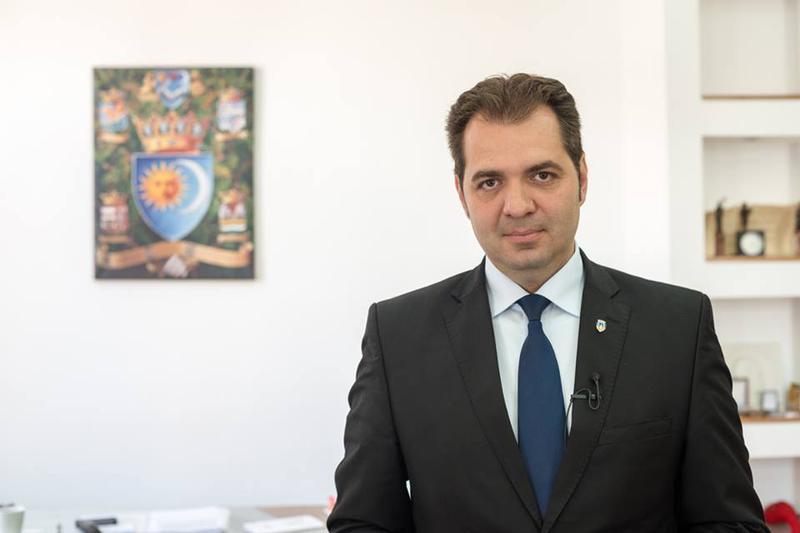"""Preşedintele Consiliului Aleşilor Locali din Ţinutul Secuiesc, Antal Arpad: """"Promitem că vor flutura și mai multe steaguri secuiești în Ținutul Secuiesc!"""""""