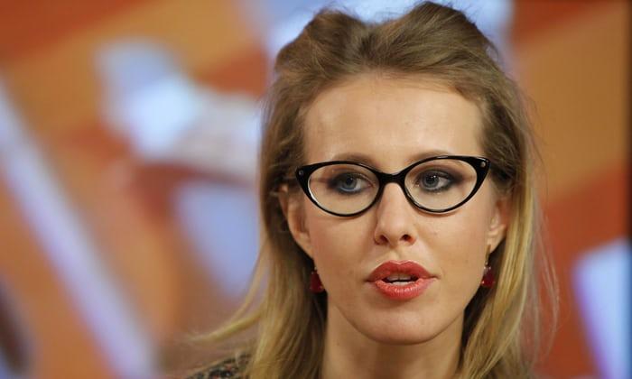 Ksenia Sobciak, candidată din partea opoziţiei la alegerile prezidenţiale din Rusia, a fost agresată de un bărbat la Moscova