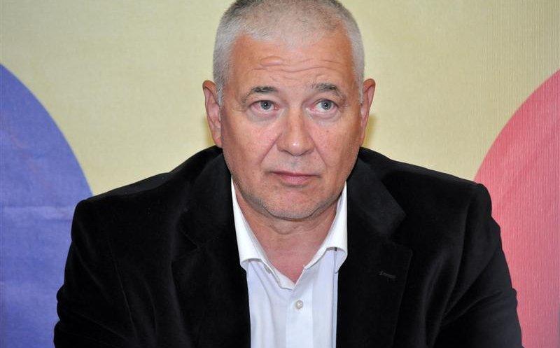 """Orban: """"Senatorul Nicoară nu mai era membru al PNL deoarece a fost condamnat la un an cu suspendare"""""""