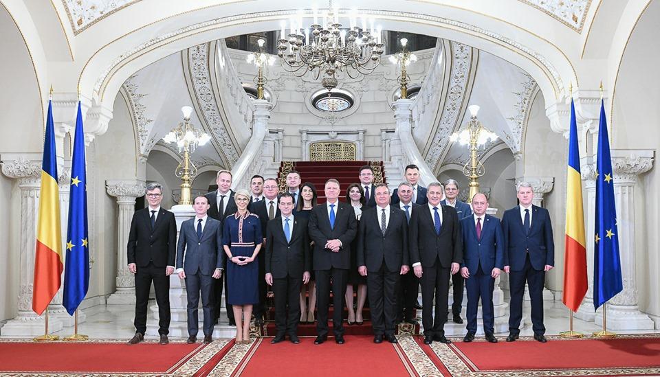 Miniştrii Cabinetului Orban au depus jurământul la Palatul Cotroceni! Clujeanul Adrian Oros, noul ministru al Agriculturii