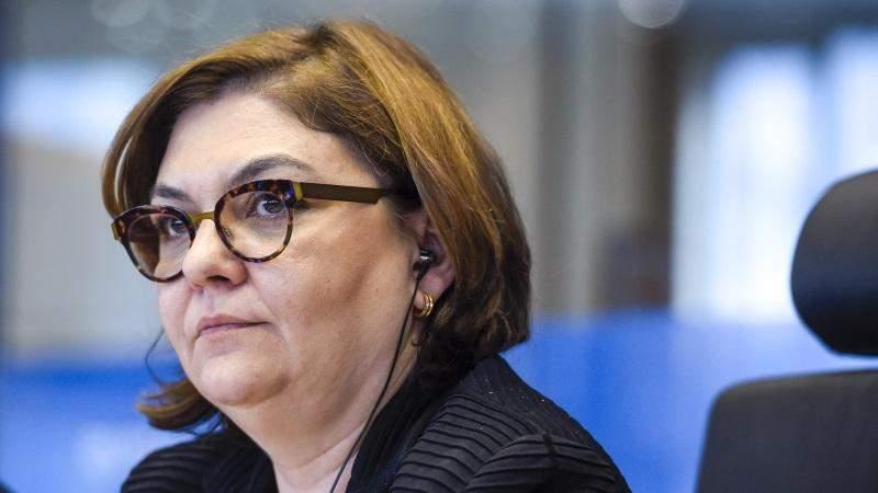 Adina Vălean, acceptată pentru funcția de comisar european al României de Ursula von der Leyen