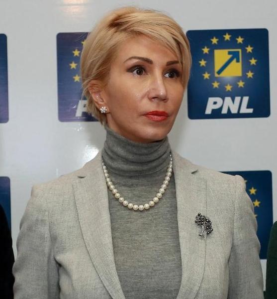 """Raluca Turcan, apel către români să meargă la vot: """"Realmente nu mai avem timp"""""""