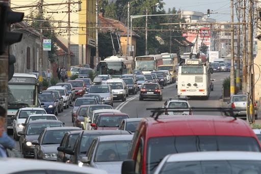 """Emil Boc: """"Ne pregătim să trecem în epoca post-mașină. Viața la oraș nu va mai fi axată pe mașină. Asta e viitorul"""""""