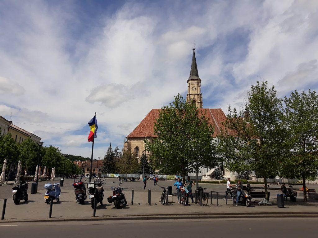 Rata incidenței în Cluj-Napoca a depășit de 7,5. Magazinele se închid 18:00 și circulația va interzisă pe stradă după 20:00 și în timpul săptămânii